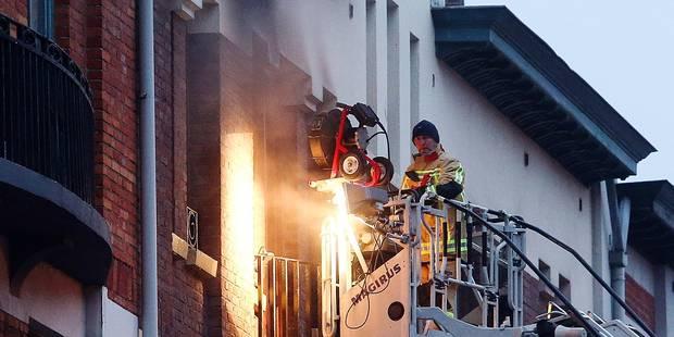 Incendie au Foyer schaerbeekois: le ras-le-bol des locataires - La DH