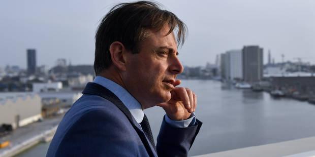 """Salon de l'auto: """"L'automobile ne disparaîtra jamais de la ville"""", estime Bart De Wever - La DH"""