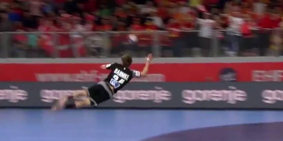 L'arrêt incroyable d'un joueur de handball à l'Euro