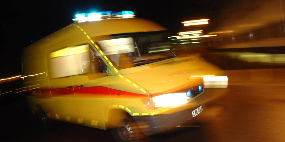 Une violente collision entre un camion et une voiture fait un mort à Florennes - La DH