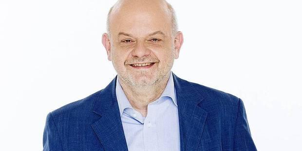 """Eddy Caekelberghs reprend la présentation de l'émission """"Au bout du jour"""" - La DH"""