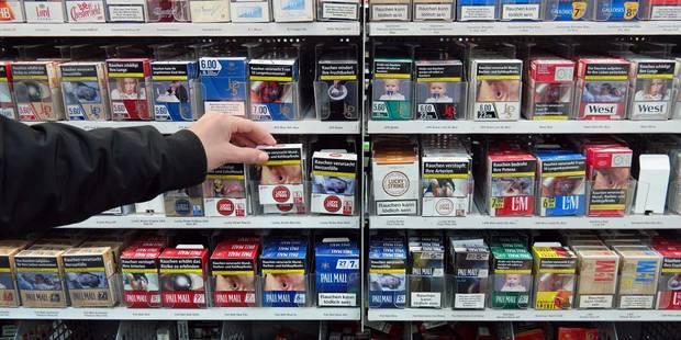 Comment cet homme a découvert son visage sur des millions de paquet de cigarettes - La DH