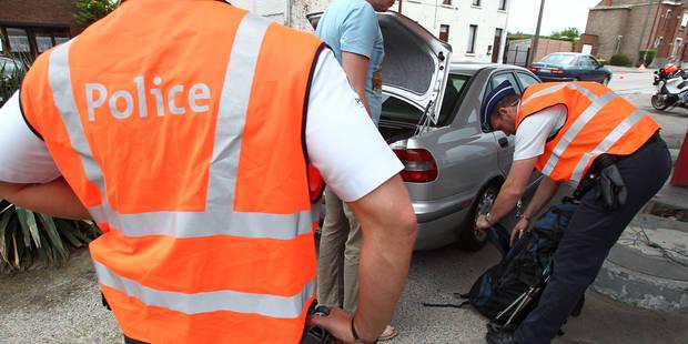 Drogué, il défonce une voiture à Dour et sort une bombe lacrymogène contre la police - La DH