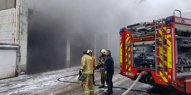 Jumet: incendie dans un hangar agricole - La DH
