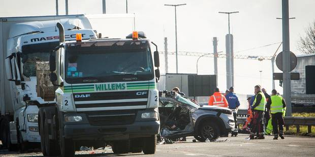 Grâce-Hollogne : une mère et sa fille perdent la vie dans un terrible accident sur l'E42 - La DH