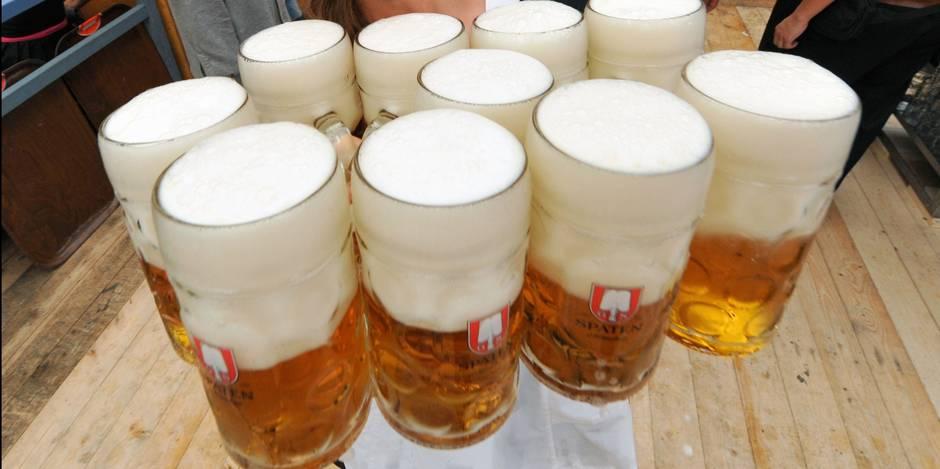 JO 2018   le médecin de l'équipe d'Allemagne donne de la bière (sans alcool) après l'épreuve à ses athlètes