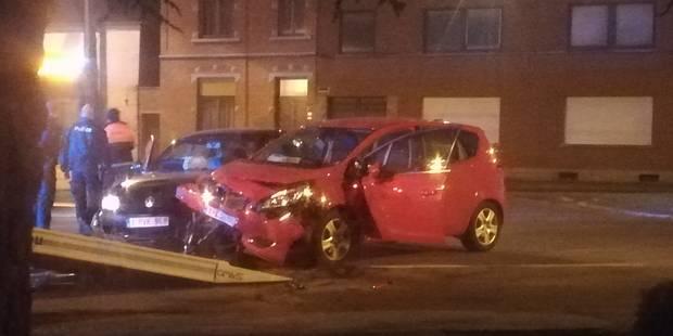 Cuesmes : deux voitures s'encastrent en face de la maison de repos - La DH