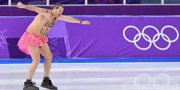 En tutu rose sur la patinoire, il devient le héros des JO - La DH