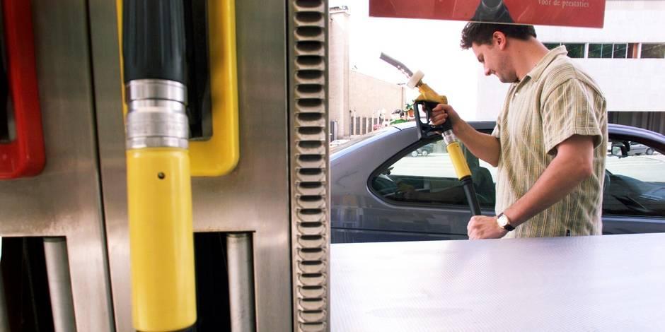 Pourquoi le diesel va devenir plus cher que l'essence en Belgique - La DH