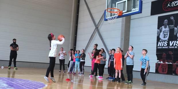 Charleroi : les Spirous initient 2.000 élèves au basket - La DH