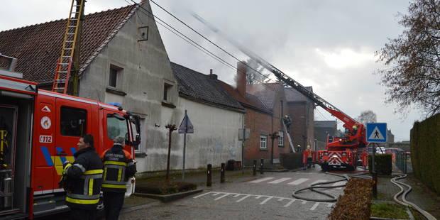 Le feu ravage plusieurs logements à Rongy - La DH