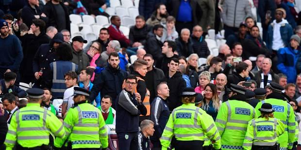 Les supporters de West Ham s'en prennent à leurs dirigeants, forcés de quitter le stade (VIDEOS) - La DH