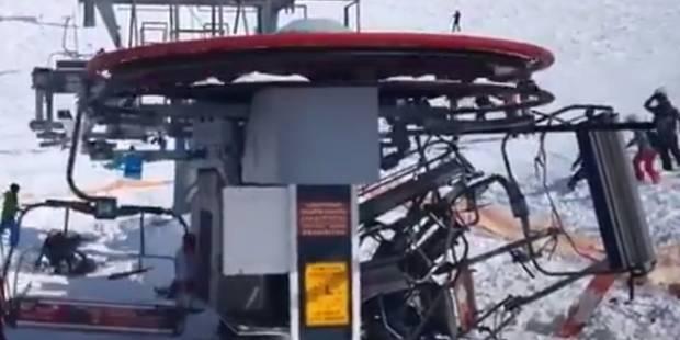 Un télésiège totalement fou éjecte violemment des skieurs: 8 blessés (VIDEO) - La DH