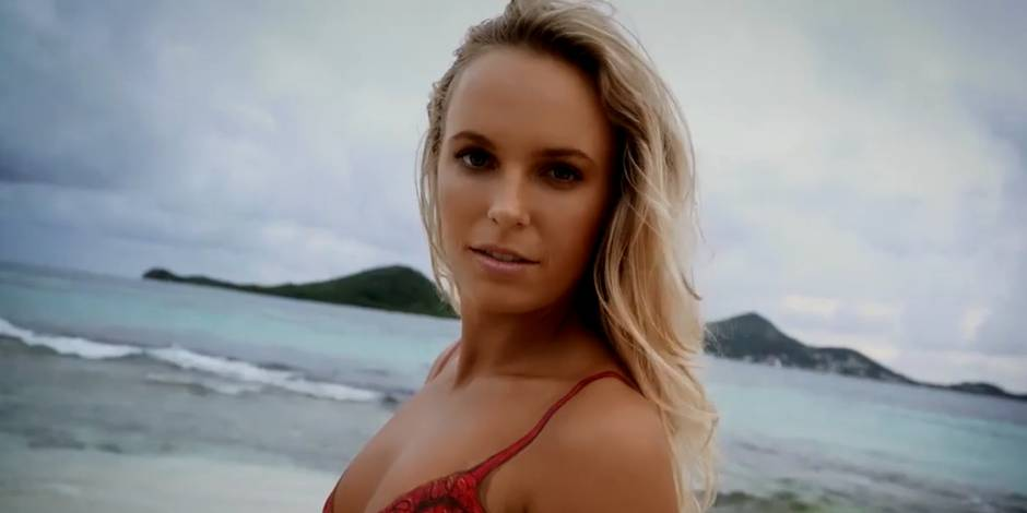 Caroline Wozniacki change de look ! (PHOTO)