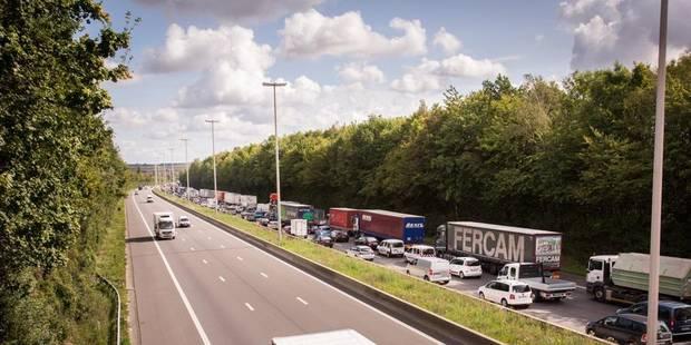 La circulation sur la E42 réduite sur une bande entre Andenne et Daussoulx vers Liège - La DH