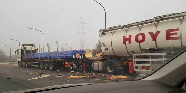 Manage: deux poids lourds impliqués dans un accident - La DH