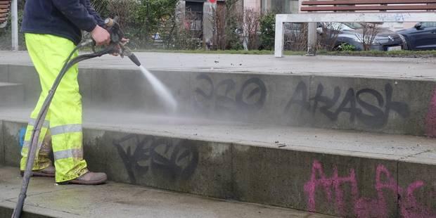 Saint-Gilles : la place Morichar nettoyée en profondeur - La DH