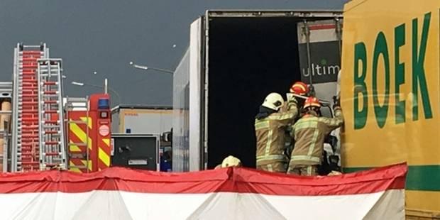 Drame sur la E42 : un camionneur décède dans un carambolage - La DH