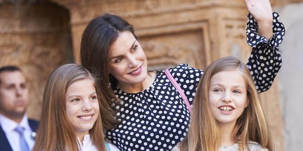 Letizia d'Espagne a-t-elle empêché la reine Sofia de prendre une photo avec ses petites-filles ? - La DH