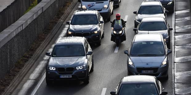 Ralentissements sur le ring extérieur de Bruxelles en raison d'un accident à Jette - La DH