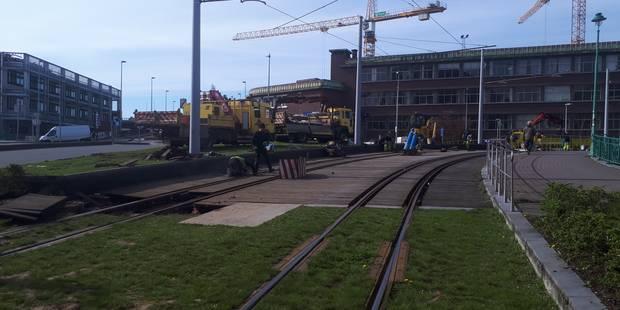 Un tronçon ferré du métro carolo renouvelé - La DH