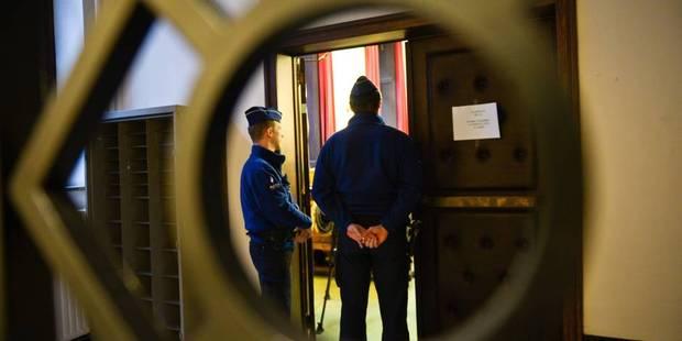 Charleroi: 55 ans de prison pour 30 dealers - La DH