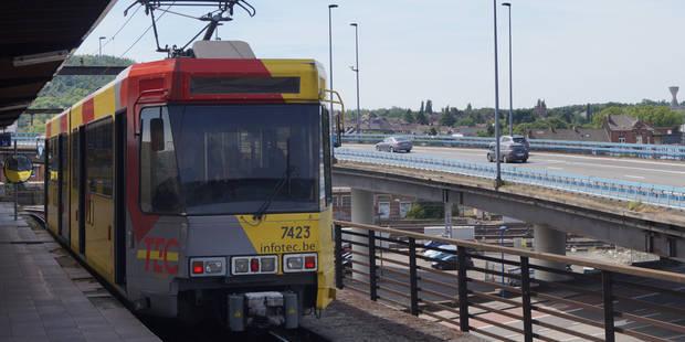 Métro carolo: la station Villette en travaux, attention aux détours à prévoir - La DH