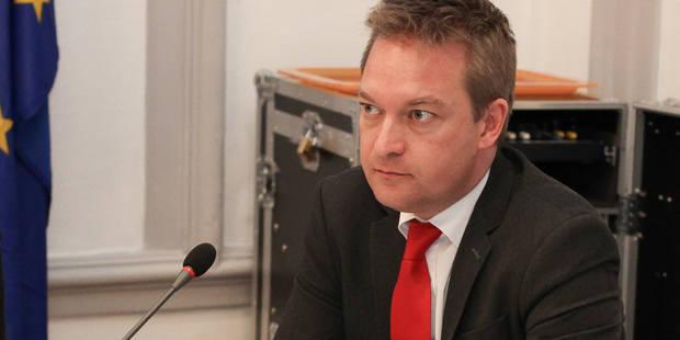 Ath: un très large plébiscite en faveur de Bruno Lefèbvre - La DH